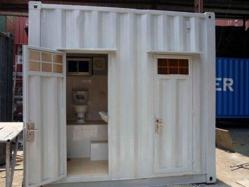 Container toilet 10 feet 1