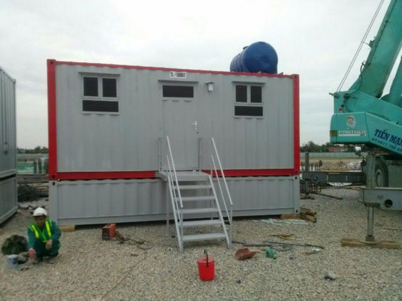 Container toilet 20 feet 2